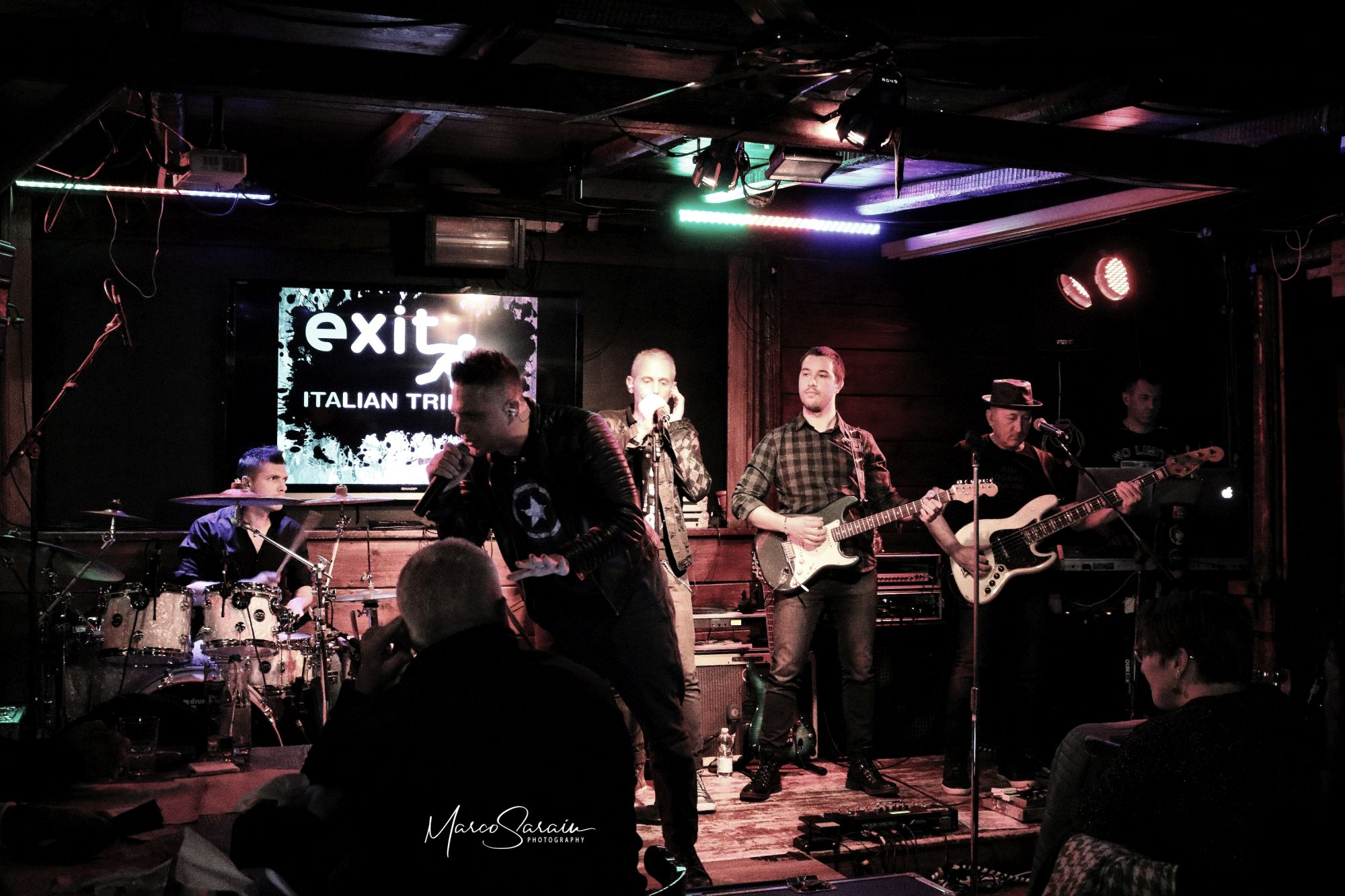 EXIT BAND LIVE @ Dakota Pub 2019