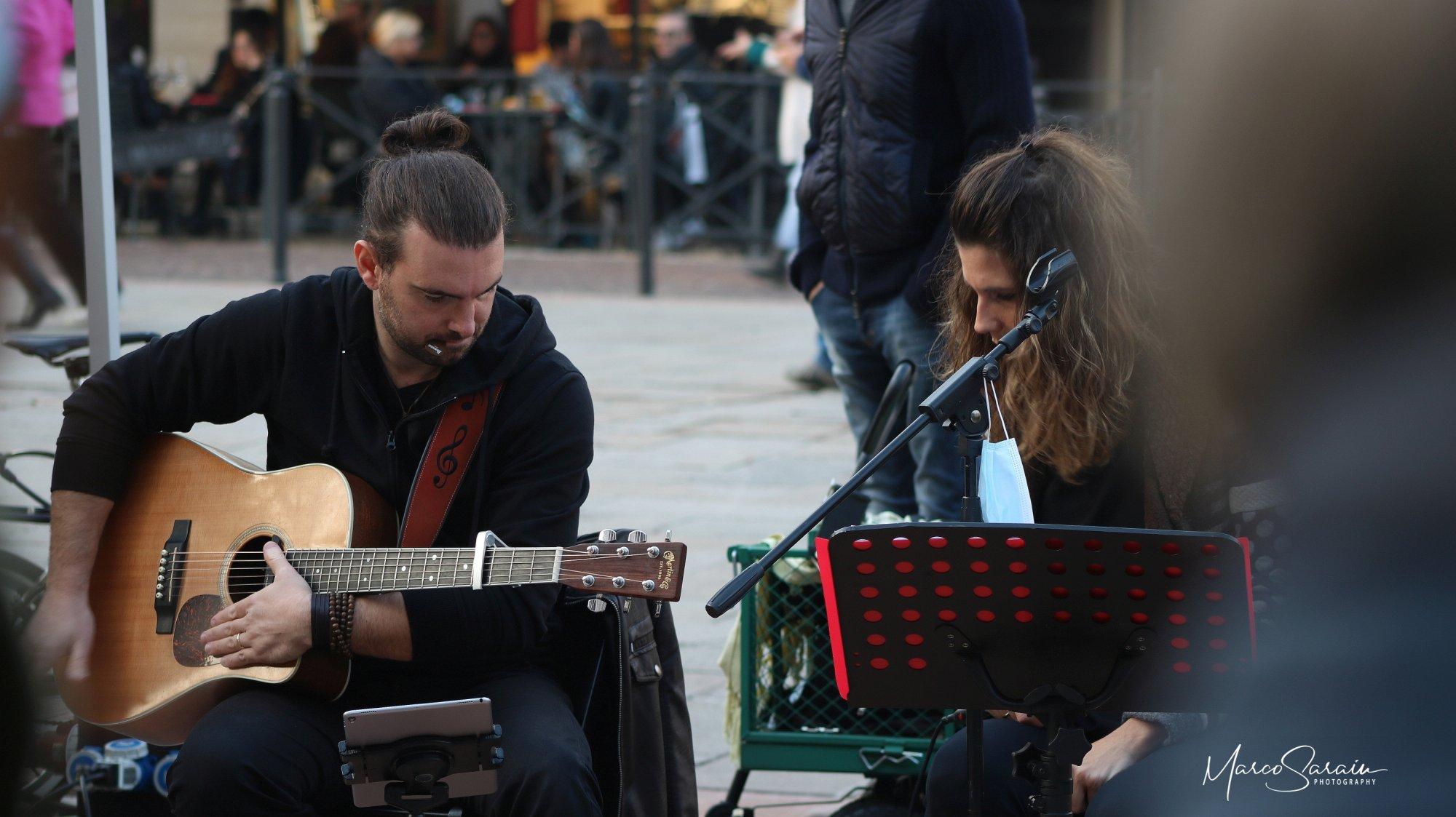 Waves Giulia Mazzali e Fabio Palmitesta